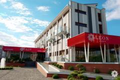 Hotel Leon, Cazare Arad