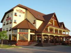 Hotel Cris. Cazare Chisineu Cris-Arad