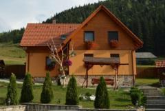 Vila Adela-Lacul Roșu