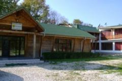 Cabana Mozacu. Cazare Argeș