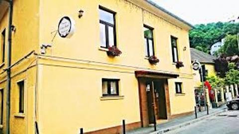 Casa Iacob Right Reserved. Cazare Brașov