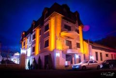 HOTEL RAIS . Cazare Târgu Jiu-Gorj