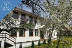 Vendel Guesthouse 2*. Cazare Mereni-Covasna