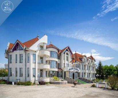 Hotel Castel. Cazare Sfântul Gheorghe-Covasna